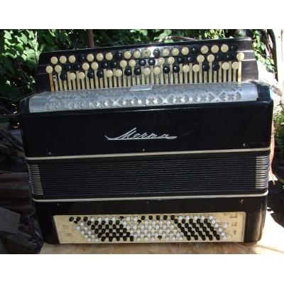 Корпуса баяна и аккордеона и их восстановление